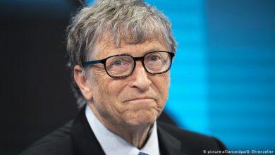 """Photo of بيل جيتس يحذر من الاستثمار في عملة """"البيتكوين"""""""
