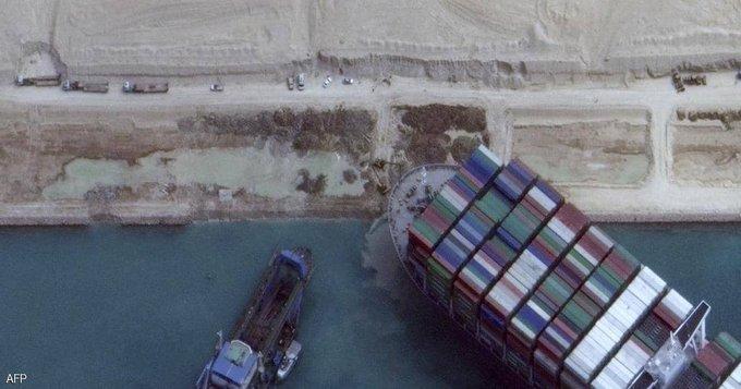 السيسي يشيد بجهود المصريين في تعويم السفينة الجانجة بقناة السويس