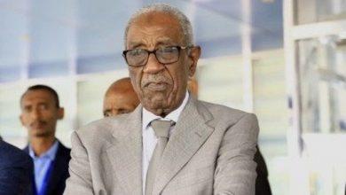 Photo of محافظ بنك السودان المركزي يستقبل سفير خادم الحرمين الشريفين