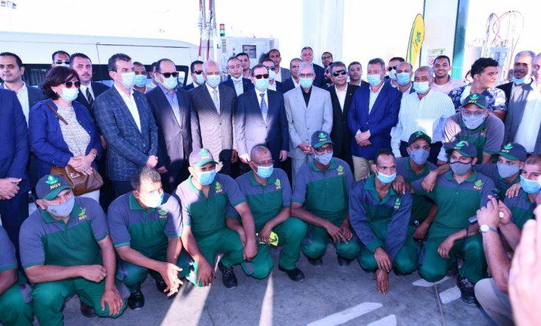 البترول تفتتح محطتان جديدتان لتموين السيارات بالغاز بطريق القاهرة الإسكندرية الصحراوي