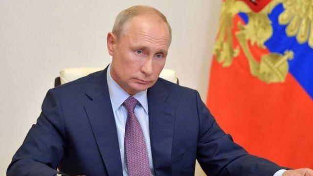 بوتين: كوزباس تحظي بفرص عمل في قطاعات لا علاقة لها بالفحم