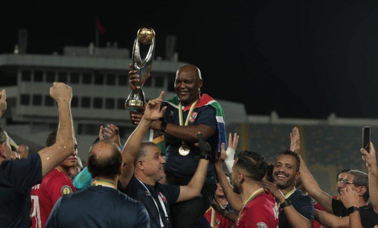 بيتسو موسيماني، المدير الفني للفريق الأول لكرة القدم بالنادي الأهلي