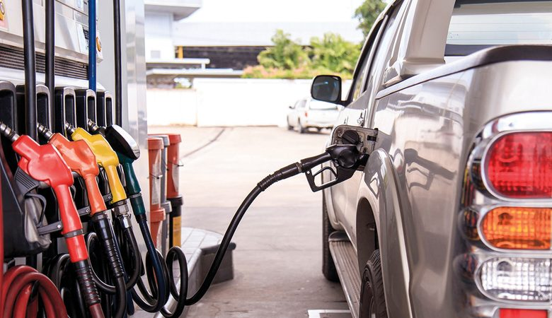 """وزارة البترول تفعل برنامج تحديد مواقع محطات الوقود لجميع أنواع الهواتف """"فيديو"""""""
